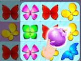 a flower bomb power-up in Wings of Dreams Deluxe