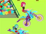 Equestria Girls bike racing