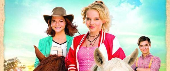 Bibi & Tina - The Movie App - Unlock an amazing photo story by riding your horse in Bibi & Tina - The Movie App.